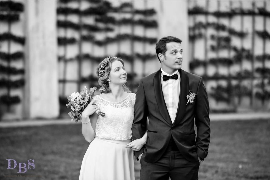 witziges Hochzeitsbild schwarz-weiß